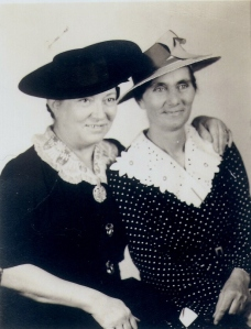 Lessie and Grace Knight, sisters, circa 1930s