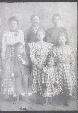 John Howard Knight family. Candace Knight is on the right, in back row. Collection of Yvonne Bivins.