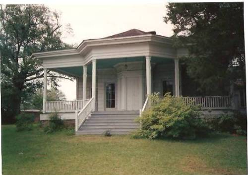Amos Deason Home, site of Maj. Amos McLemore's murder, Ellisville, MS. Photo by Victoria Bynum