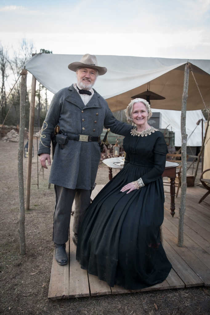 Confederate officer (Gregg Andrews) and hospital nurse (Victoria Bynum)